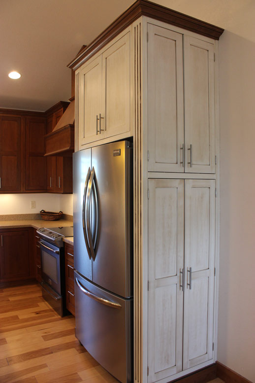 Forever cabinets kitchen aspen and cherry for Aspen kitchen cabinets