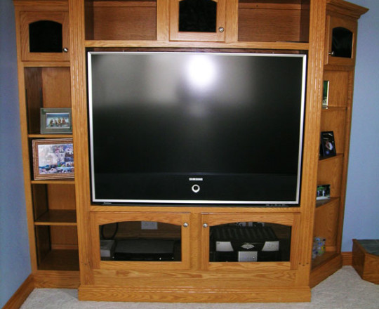 Cinnamon Stain  |Entertainment Center