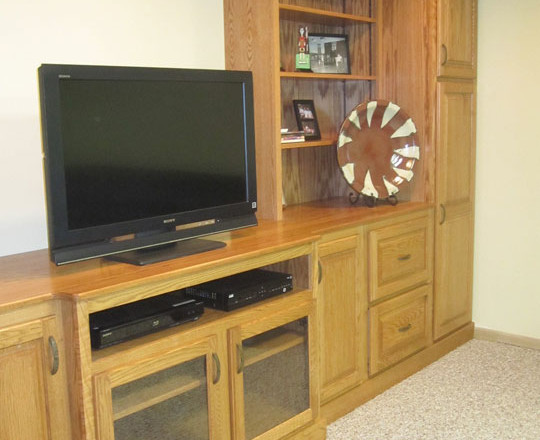 Cinnamon Stain | Entertainment Center