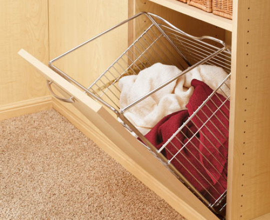 Wire Hamper Tilt Out for Closet/Laundry