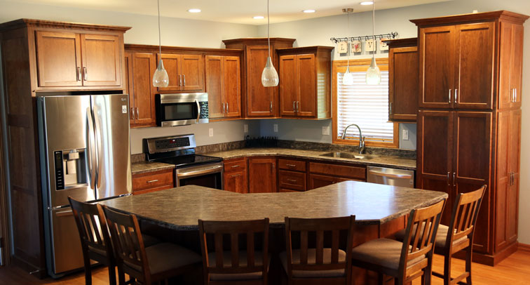 Forever cabinets cherry mahogany kitchen for Cherry mahogany kitchen cabinets